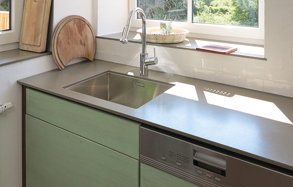 efecto betonarbeitsplatte kueche heimbach 4 efecto die betonschreiner. Black Bedroom Furniture Sets. Home Design Ideas