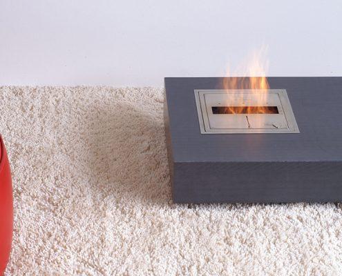 Couchtisch Beton niedrig mit Feuerstelle