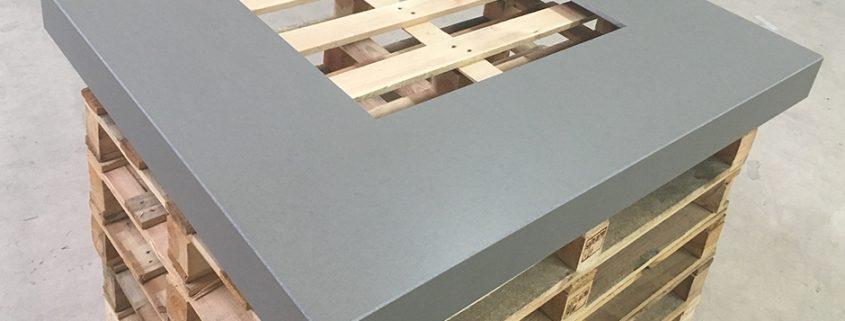 Feuertisch aus Beton für Schweden